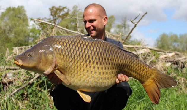 4 October 2020 - Carp fishing report from father and son - Beausoleil